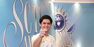 Pesinetron yang dikenal lewat Ganteng Ganteng Serigala, Aliando Syarief kembali menjadi nominasi dalam SCTV Awards 2016. Aliando mengaku sangat senang kembali menjadi nominasi. (Galih W. Satria/Bintang.com)