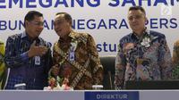 Direktur Utama PT Bank Tabungan Negara (Persero) Tbk. Maryono dan Komisaris utama, Asmawi Syam bersiap mengikuti Rapat Umum Pemegang Saham Luar Biasa (RUPSLB) di Menara Bank BTN, Jakarta, Kamis (29/8/2019).  (Liputan6.com/Angga Yuniar)