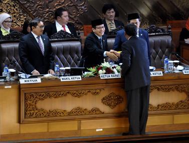 20160412-Paripurna-ke-24-Jakarta-Johan-Tallo
