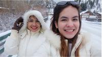Steffi Zamora dan Ibunda (Sumber: Instagram/sapna_lamb_husen)