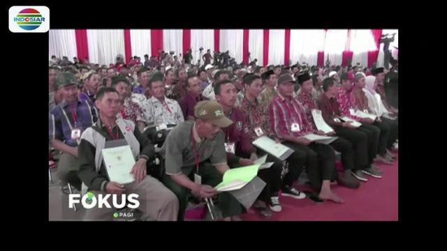 Presiden Jokowi kunjungan kerja sambi bagi-bagi ribuan sertifikat tanah di Lampung Tengah.