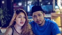 Pasca SUCI season 3, Muslim kemudian memulai karirnya di Ibu Kota sebagai komika atau komedian tunggal. Penampilan Tertan Muslim yang unik ini selalu menggunakan Peci, bahkan saat pergi bersama kekasihnya. (Liputan.com/IG/@tretanmuslim)