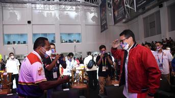 Sandiaga Uno Buka Eksibisi Esports PON XX 2021 di Papua