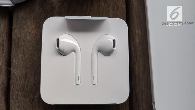 Earphone iPhone 11 Pro. Liputan6.com/Yuslianson