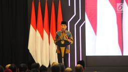 Presiden Joko Widodo memberi sambutan saat peluncuran Masterplan Ekonomi Syariah Indonesia (MEKSI) 2019-2024 di Kantor Bappenas, Jakarta, Selasa (14/5). Peluncuran peta jalan pengembangan ekonomi syariah di Indonesia guna mendorong peningkatan pertumbuhan ekonomi nasional.(Liputan6.com/Angga Yuniar)