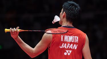 Raja terakhir yang harus dihadapi Anthony Ginting untuk menjadi juara BWF World Tour 2019 adalah tunggal putra nomor satu dunia, Kento Momota. (AFP/Stringer)