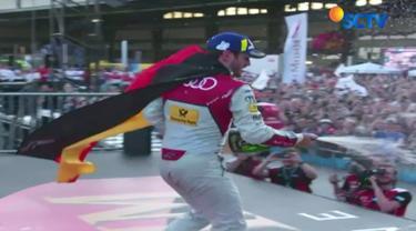 Pebalap Daniel Abt yang menempati posisi start pertama langsung melesat dan terus memimpin sepanjang balapan.