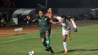 Duel PS Tira vs Persija di Stadion Sultan Agung, Bantul, Jumat (8/6/2018). (Bola.com/Ronald Seger Prabowo)