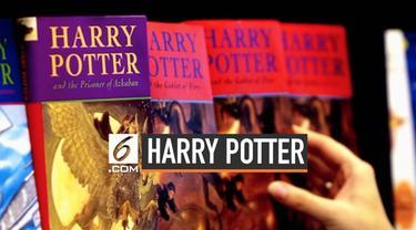 Sebuah sekolah menyingkirkan buku-buku Harry Potter dari perpustakaan. Novel tersebut diklaim memasukkan berbagai kutukan dan mantra asli yang dapat membangkitkan roh jahat saat dibaca.