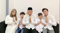 Momen Sule Asuh 4 Anaknya (sumber: instagram/ferdinan_sule)