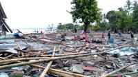 Bangunan rusak akibat tsunami di Selat Sunda (foto: BNPB)