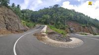 Ruas Jalan Lingkar Morotai sepanjang 201,89 km yang dilaksanakan pada 2019 dengan anggaran Rp 273,86 miliar. (Dok. Kementerian PUPR)