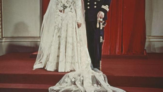 Ratu Elizabeth II saat menikah dengan Pangeran Philip. (Istimewa)