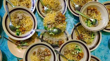 Bosan dengan Menu Lebaran Berbahan Daging, Yuk Cobain Rujak Mi Palembang