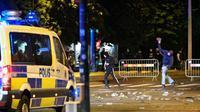 Kerusuhan di Malmo, Swedia pada 28 Agustus 2020. Ricuh pecah terkait dengan perkumpulan massa pembakar al-Quran dan kedatangan politikus anti-Muslim asal Denmar yang hendak berpartisipasi. (AFP)