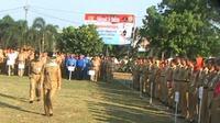 Pegawai negeri sipil yang dikumpulkan sebanyak empat ribu orang