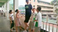 siswa SD di China miliki tinggi hingga 2 meter (Photo: Gu Aigang / Chengdu Economic Daily)