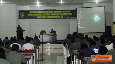 Citizen6, Bandung: Asisten Perencanaan (Asrendam) Kasdam III/Siliwangi Kolonel Inf Bramantyo Andi Susilo membuka Sosialisasi Penggunaan Komunikasi Dara E-Militer bagi Satuan TNI AD, Senin (10/10). (Pengirim: Pendam)