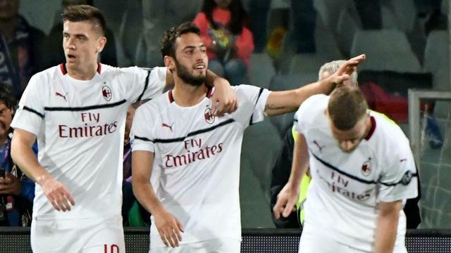 Prediksi Liga Italia AC Milan Vs Fiorentina: Ambisi I ...