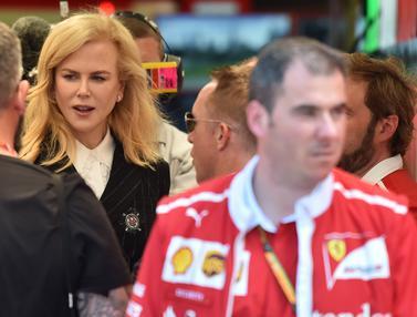 Nonton Latihan F1, Nicole Kidman Jadi Pusat Perhatian