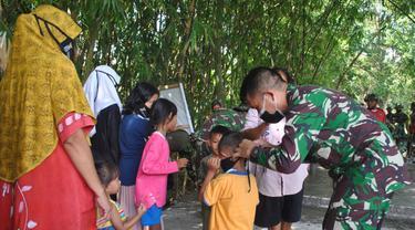 Melihat Karibnya Anggota TNI dan Warga di Desa Jambe, Tangerang
