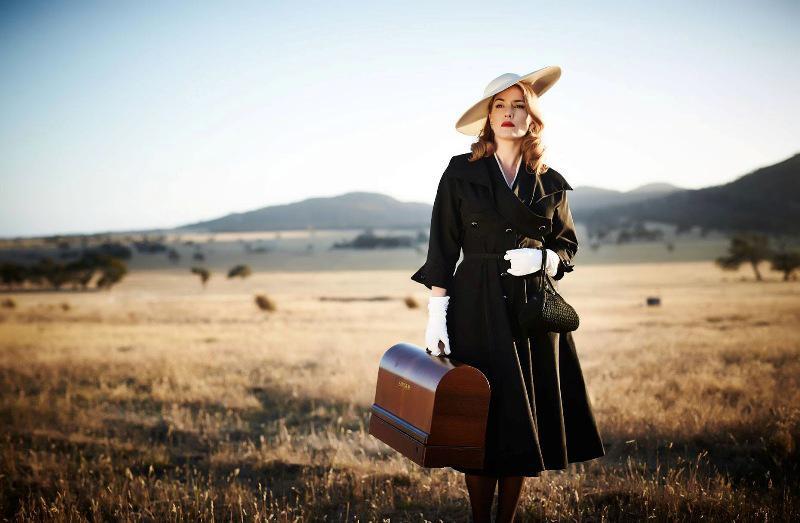 Kate Winslet di film The Dressmaker. foto: teaser-trailer.com