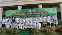 Gerakan Literasi  Al Quran di Pendopo Delta Wibawa Kabupaten Sidoarjo, Jawa Timur. (Foto: Liputan6.com/Dian Kurniawan)