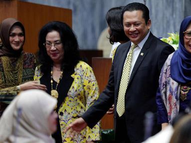 Ketua DPR Bambang Soesatyo (kedua kanan) menghadiri acara Seminar dan Lokakarya bertajuk Kartini di Era Digital: Perempuan, Inovasi, dan Teknologi, di Gedung KK II, Kompleks Parlemen MPR/DPR-DPD, Senayan, Jakarta, Rabu (25/4). (Liputan6.com/Johan Tallo)