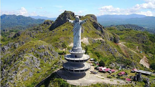 Patung Yesus Kristus Buntu Burake.(Kabarmakassar.com/Ist)