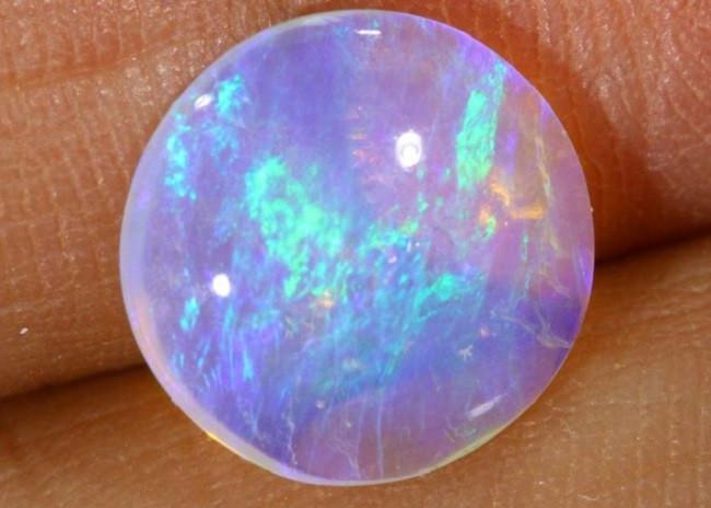 Ilustrasi batu opal