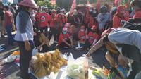 Sejumlah massa menggelar demo dengan membawa tuntutan dari para petani dan masyarakat luas pada Selasa (24/9/2019). (Foto: Liputan6.com/Dian Kurniawan)