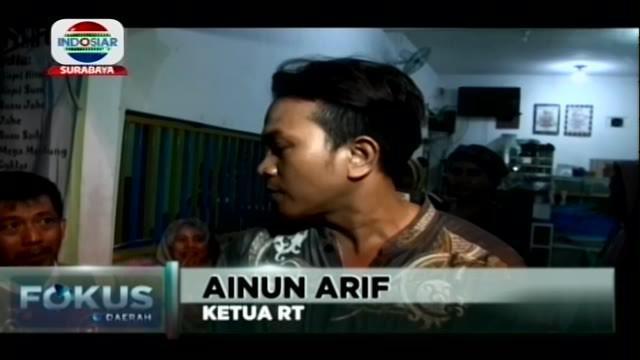 Rumah kos pelaku berinisial IM penyerang anggota Polsek Wonokromo Surabaya dengan senjata tajam di kawasan Jalan Sidosermo, Surabaya mendadak dipenuhi warga setempat.