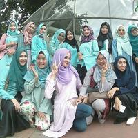 Lebih sekadar wadah mereka yang berlatar belakang yang sama, Hijab Style Community juga menjadi tempat berbagi soal dunia akhirat. (Sumber foto: Instagram HSC)