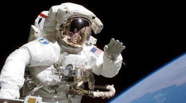 Ilustrasi astronot