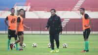 PSMS Medan saat berlatih di Yogyakarta. (Bola.com/Ronald Seger)