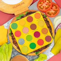 """Glamlite keluarkan burger paling """"nikmat"""" dalam bentuk palette eyeshadow. (Foto: instagram.com/glamlite)"""