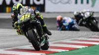 Valentino Rossi saat beraksi di MotoGP Austria. (Tuttomotoriweb)