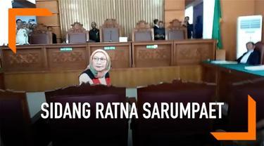 Ratna Sarumpaet menjalani sidang perdana kasus penyebaran hoaks. Ternyata ada beberapa persiapan yang ia lakukan sebelum sidang.