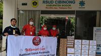 PT Sumber Alfaria Trijaya Tbk (Alfamart) menyalurkan paket nutrisi dan vitamin pendukung untuk para tenaga medis di RSUD Cibinong, Kabupaten Bogor.