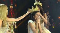 Miss Grand International 2018 dimenangkan perwakilan Uruguay, Clara Sosa. (Dok.Instagram/@beautiesparaguay/https://www.instagram.com/p/BpXK7CNgiLr/?tagged=missgrandparaguay/Dinny Mutiah)