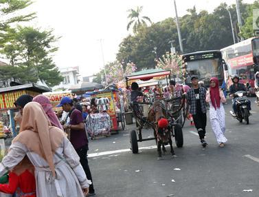 Dikuasai Delman dan PKL, Jalan Dekat Museum Fatahillah Semrawut