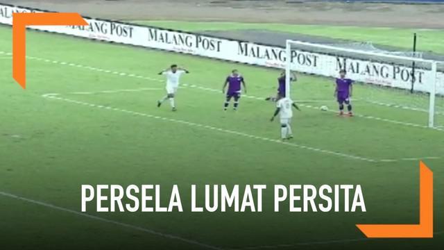 Persela Lamongan meraih tiga poin pada laga perdana mereka di Piala Presiden 2019. Menghadapi Persita, Persela menang dengan skor 2-0 di Stadion Kanjuruhan, Malang.