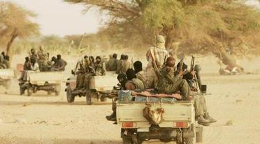 Tentara Nigeria bersiaga menghadapi serangan kelompok militan yang berafiliasi dengan ISIS dan Boko Haram (AP)