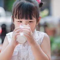 Manfaat Susu UHT bagi Kesehatan Anak (Tarr-Pichet/Shutterstock)
