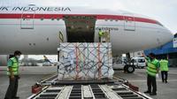 Indonesia kembali kedatangan 1,5 juta dosis atau setara 750.000 vial vaksin Sinopharm dari Tiongkok, yang tiba di Bandara Soekarno-Hatta, Tangerang pada Jumat, 30 Juli 2021. (Dok Kementerian Komunikasi dan Informatika RI)