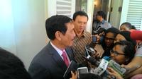 Menko Polhukam Luhut Pandjaitan bertemu Gubernur DKI Ahok di Balai Kota, Jakarta. (Liputan6.com/Ahmad Romadoni)