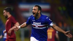 2. Fabio Quagliarella (Sampdoria) - 16 gol dan 6 assist (AFP/Marco Bertorello)