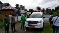 Pasien positif Covid-19 yang berkeliaran di luar rumah diamankan aparat Polres Kepulauan Talaud.