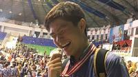 Moses Mayer saat meraih medali perak di OSN, 2-8 Juli 2017. (Instagram Moses Mayer @mosesmayer)