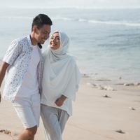 Saling mencintai dalam pernikahan./Copyright shutterstock.com